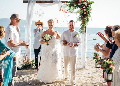 Romantic Beach Weddings by Thavorn Beach