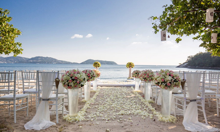 Flowers Romantic Phuket on Private Beach Gold Wedding Package